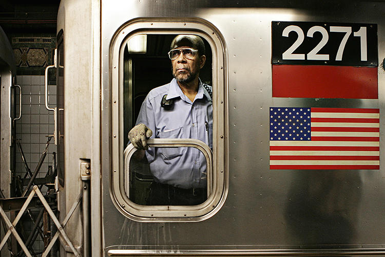 3020187-slide-new-york-subway-drivers-copyright-janus-van-den-eijnden-2.jpg