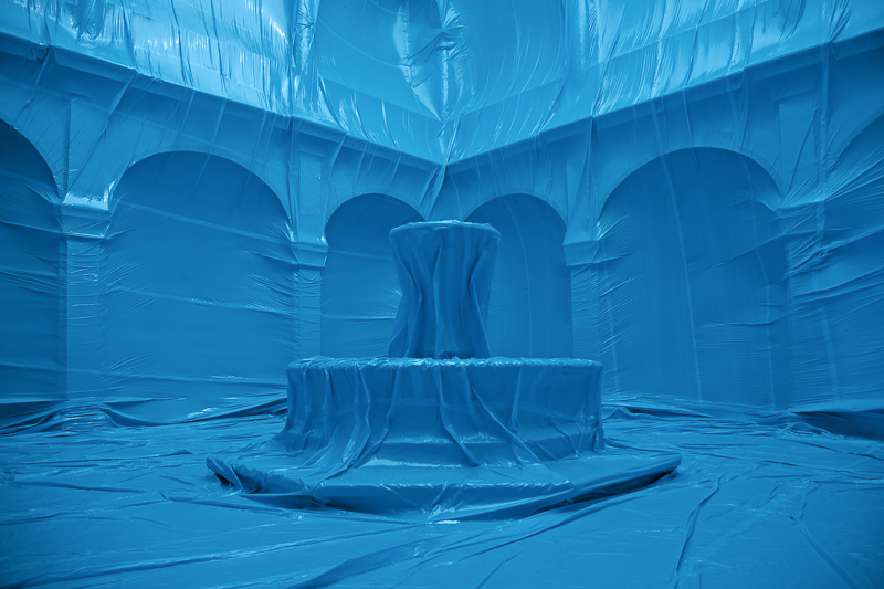 12.-ElClaustro-fuente.jpg