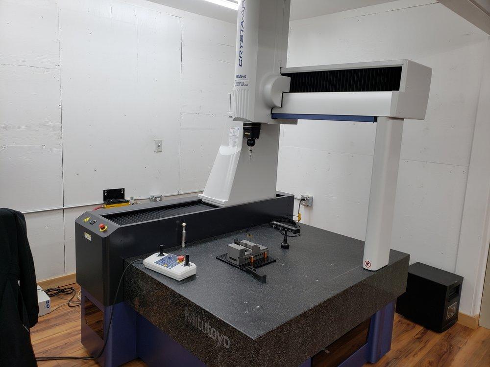 MITUTOYO CRYSTA-APEX S CNC CMM