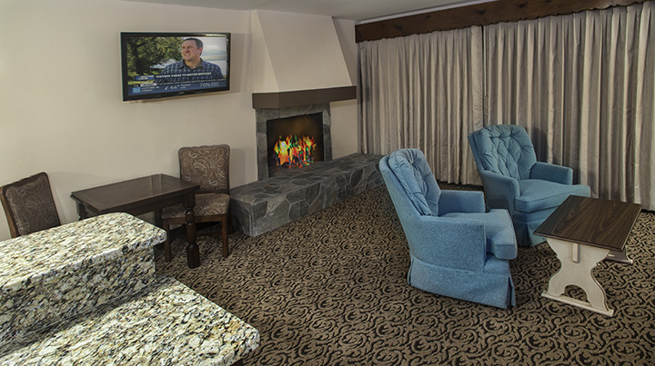 EM-Small_Suite-Fireplace.jpg