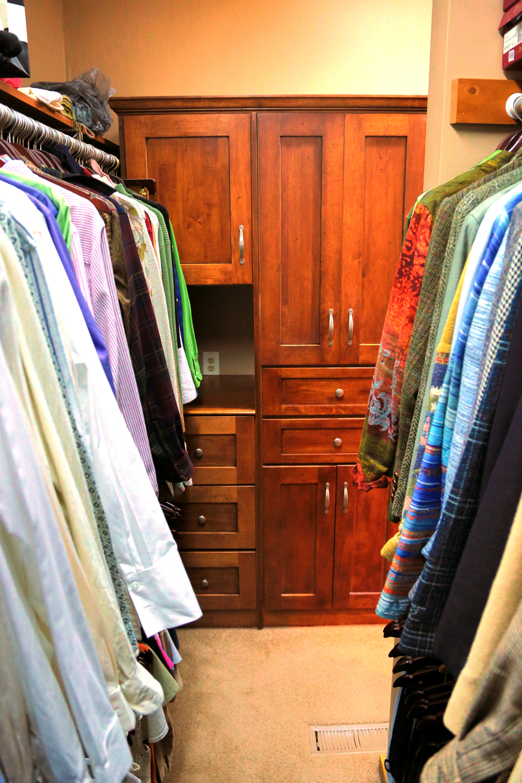 Master Closet 4.JPG