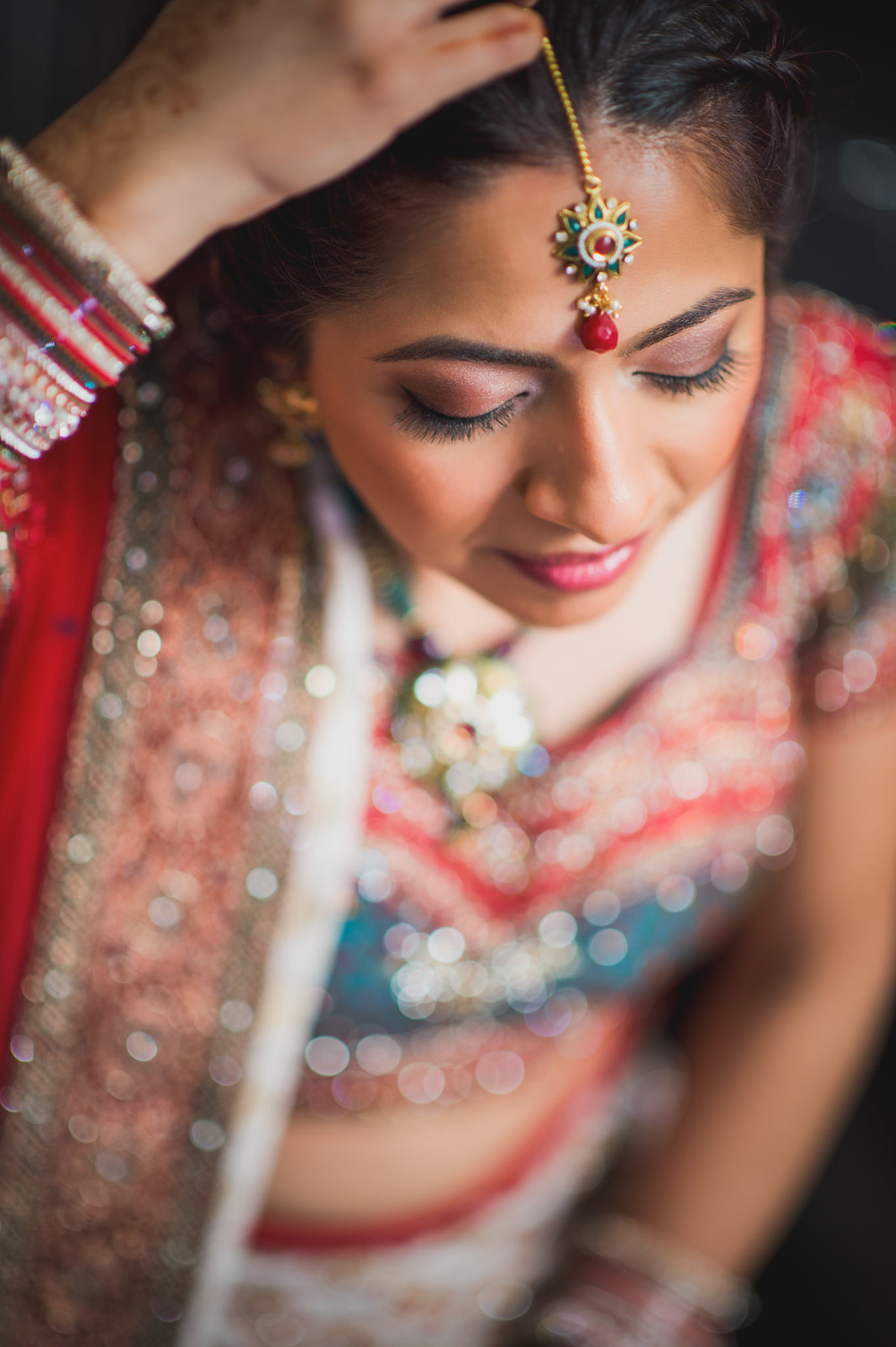 Risha_Kapil_Bride Getting Ready36.jpg