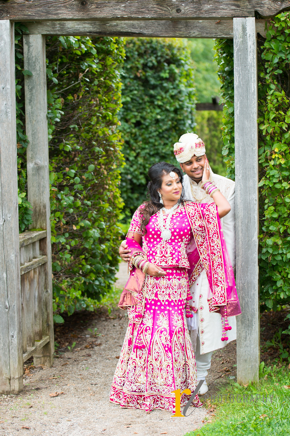 Tina_Aroon_Postwedding_01.jpg