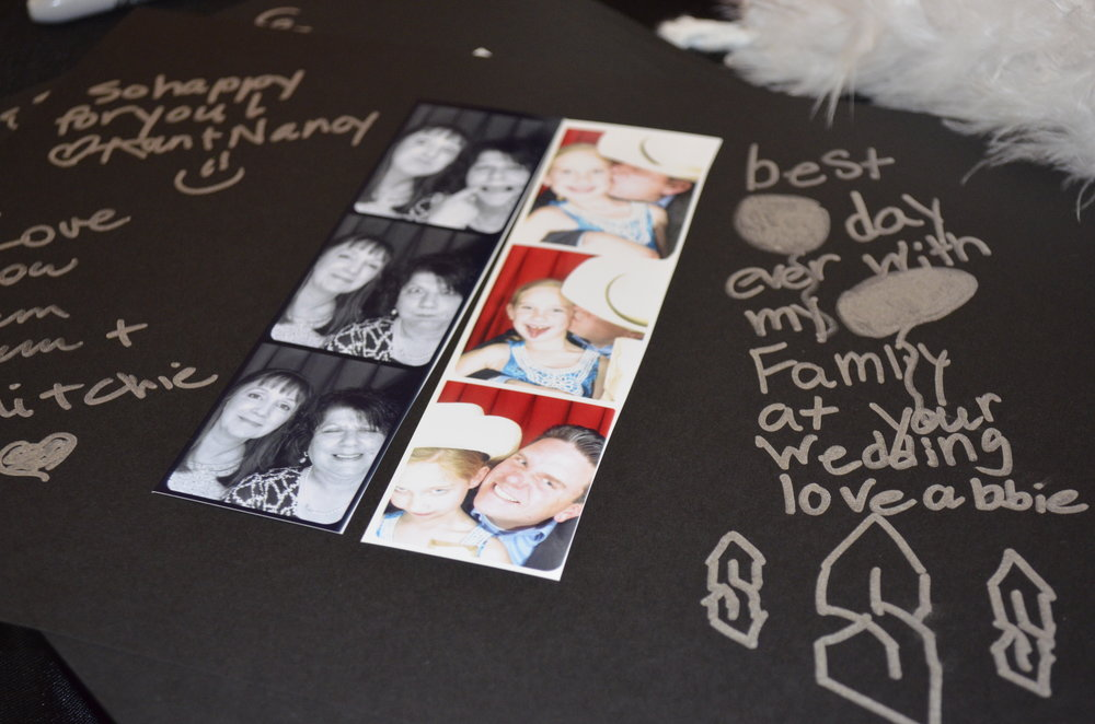 Scrapbook guestbook Omaha Photo booth rental.jpg