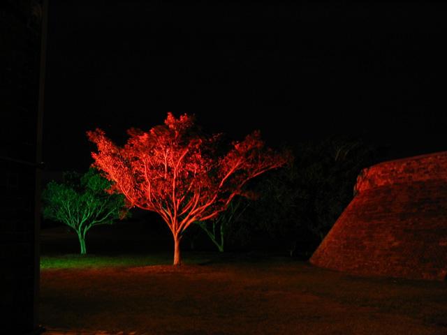 guerrilla-lighting-03.jpg