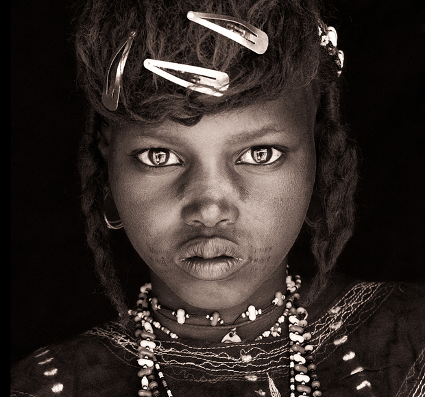 Wodaabe girl Eastern Niger john kenny.jpg