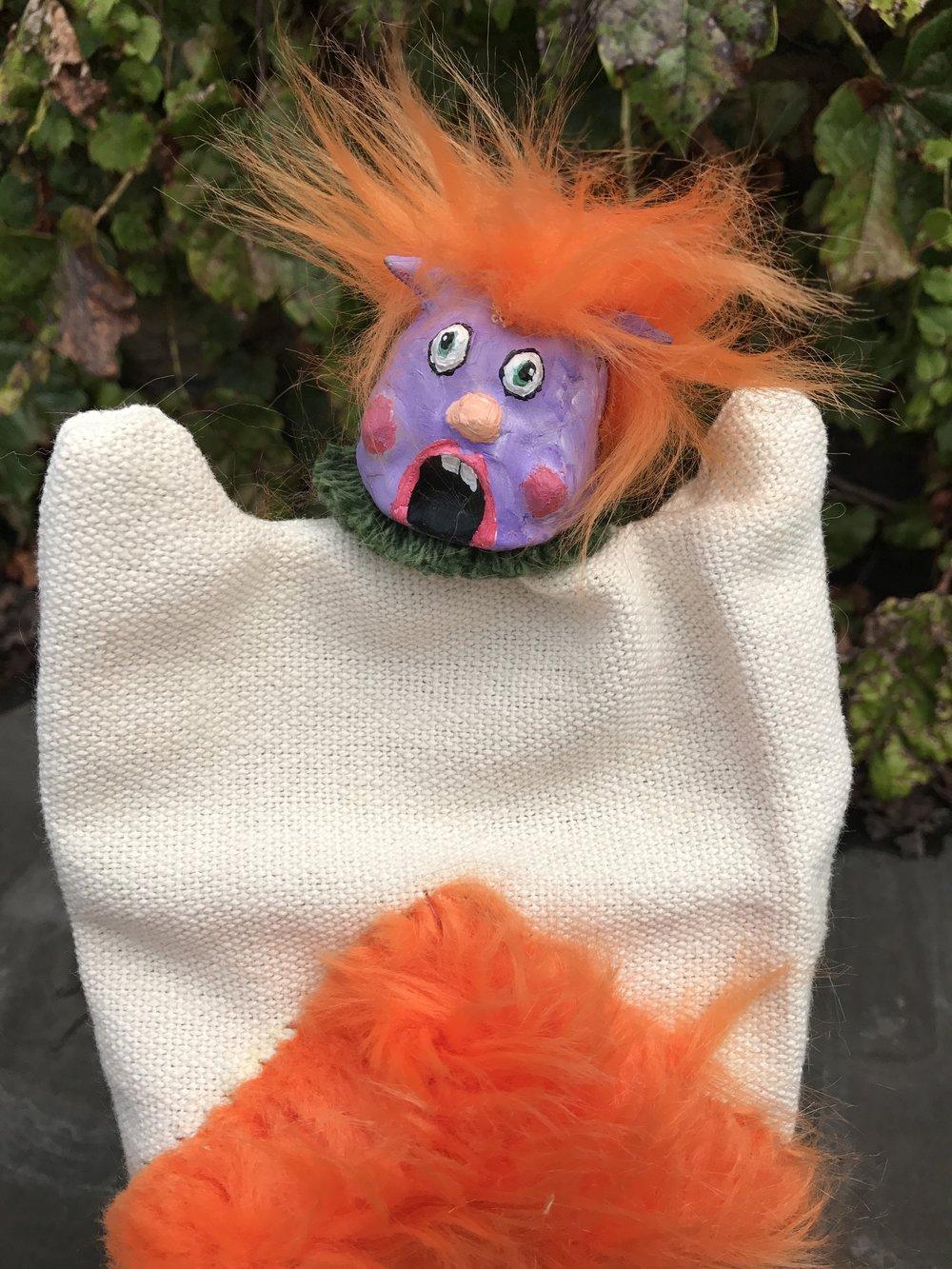Chip, hand puppet
