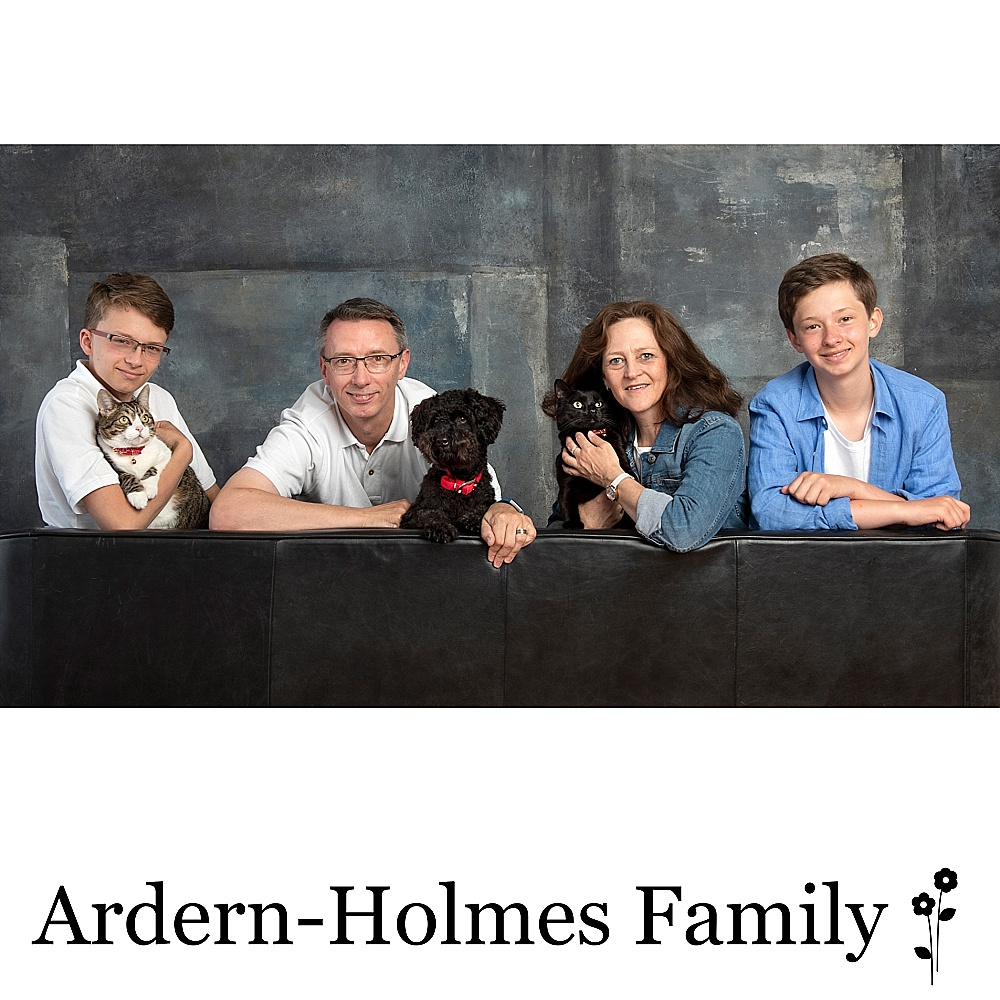 P10818- Ardern-Holmes copy.jpg