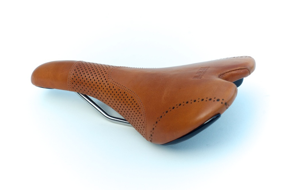 Fizik-Aliante-Gamma-K-ium-Carbon-Italian-leather-Custom-handmade-bike-bicylcle-fixie-saddle-seat-brogue-shoe-dress-style-menswear-Leh-seats-recovered-covered-reupholstered-made-in-austin-texas 3.jpg