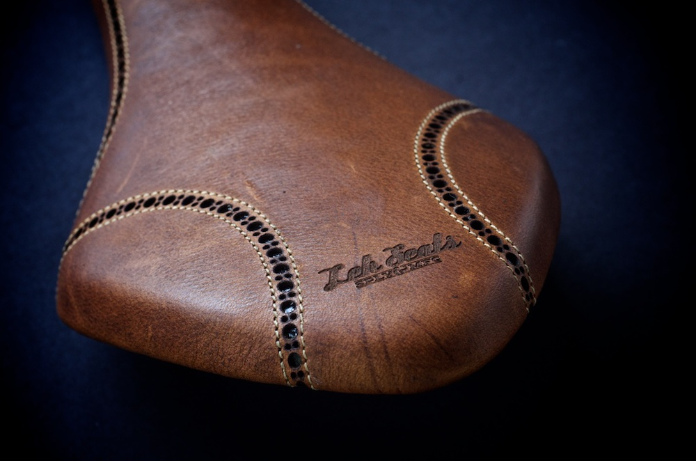 Antique-Brown-leather-fizik-Arione-wingtip-brogue-shoe-handmade-Austin-texas-Leh-seats 3.jpg