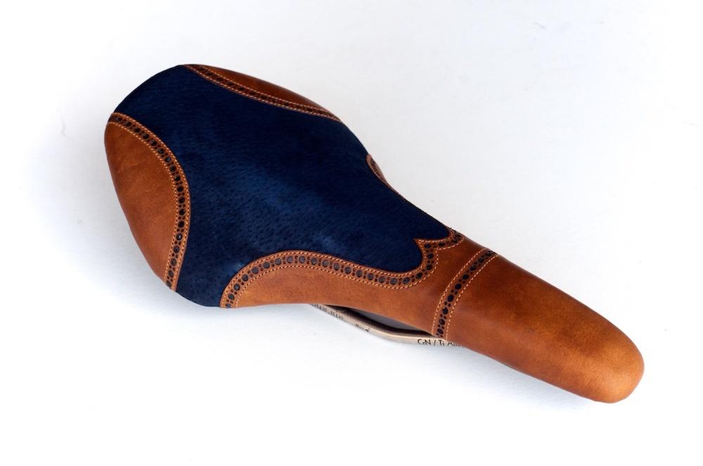 Wingtip-blue-suede-velo-custom-leather-bike-bicycle-saddle 1.jpg
