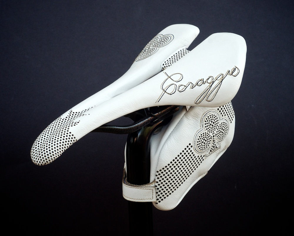 Leh-Seats-Custom-leather-bike-saddles-bag-colnago-c59-c60-white-gold-black-cycling-road-track-specialized-romin-evo-155 3.jpg