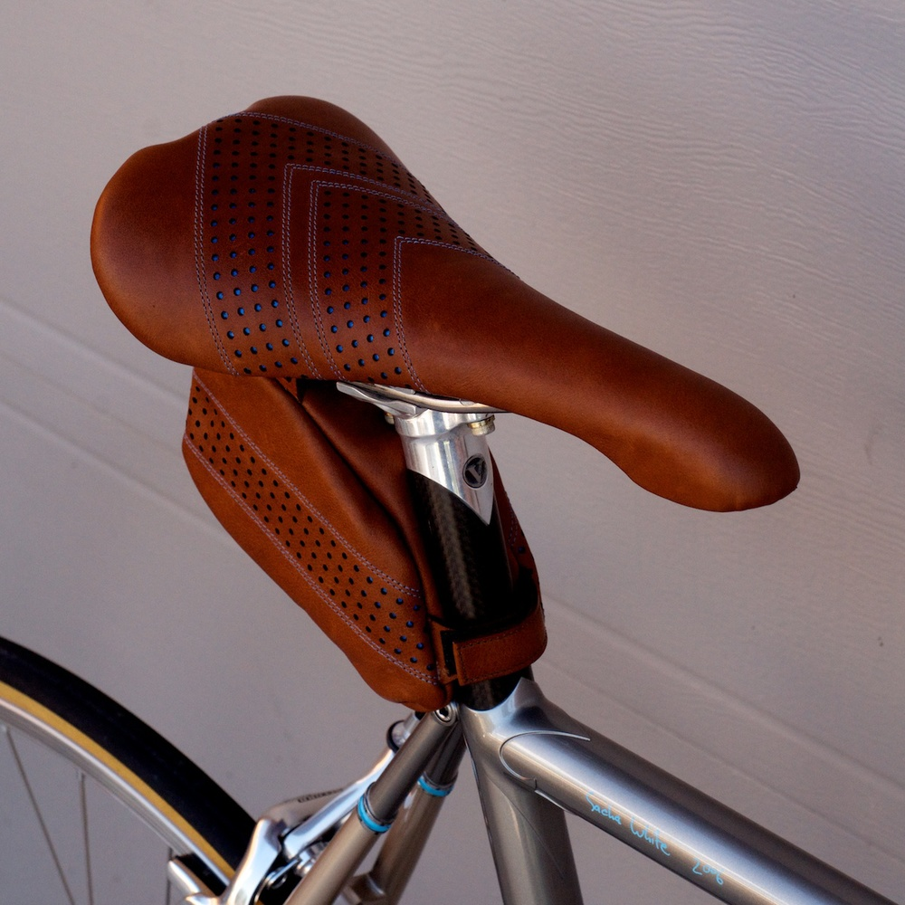 Custom Leather bike saddle-seats-carson-leh-copyright 2015-hand made-baseball stitched-saddlebag selle italia flite 7.jpg