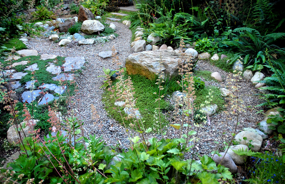 Labyrinth Designs Garden labyrinths walking a spiral path Labyrinthjpg