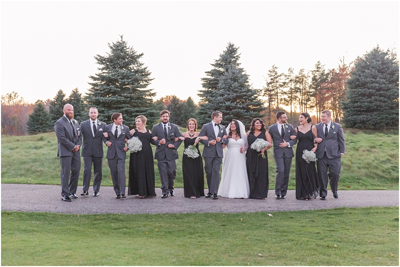 fall-port-huron-mi-wedding-photos-at-solitude-links-golf-course-by-courtney-carolyn-photography_0107.jpg