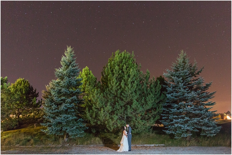 fall-port-huron-mi-wedding-photos-at-solitude-links-golf-course-by-courtney-carolyn-photography_0152.jpg