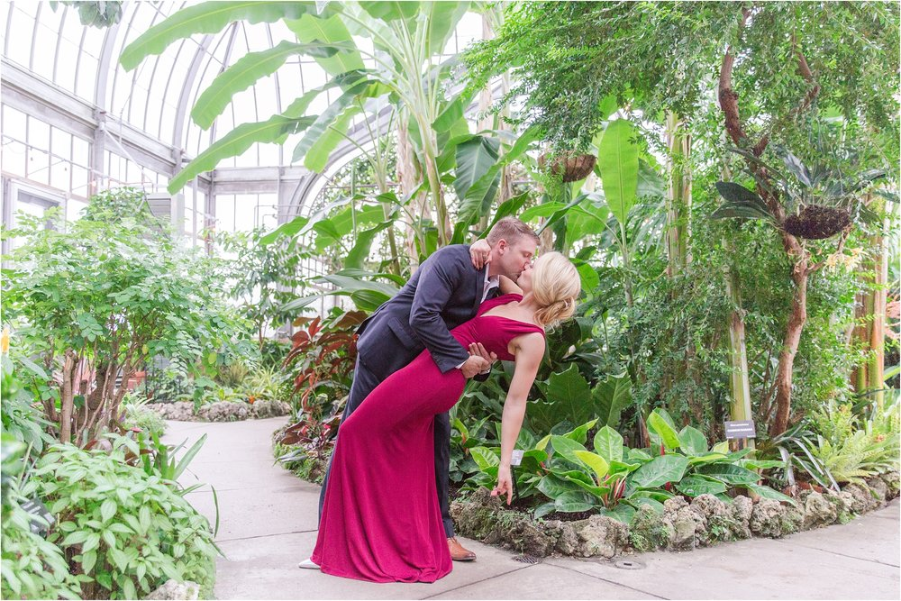 elegant-classic-belle-isle-conservatory-engagement-photos-in-detroit-mi-by-courtney-carolyn-photography_0015.jpg