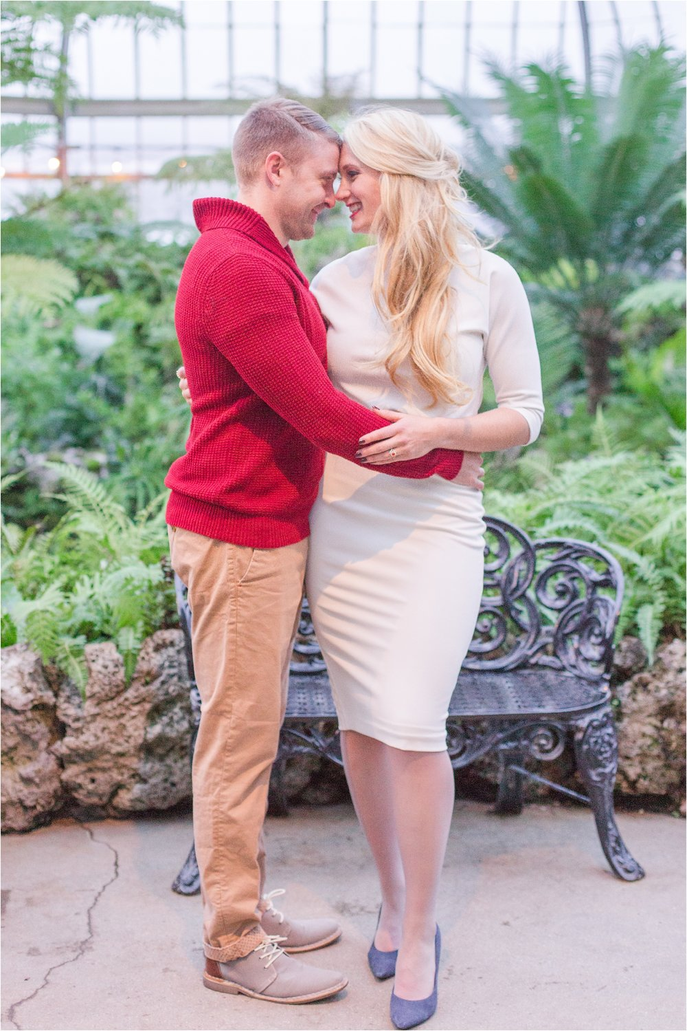 elegant-classic-belle-isle-conservatory-engagement-photos-in-detroit-mi-by-courtney-carolyn-photography_0026.jpg