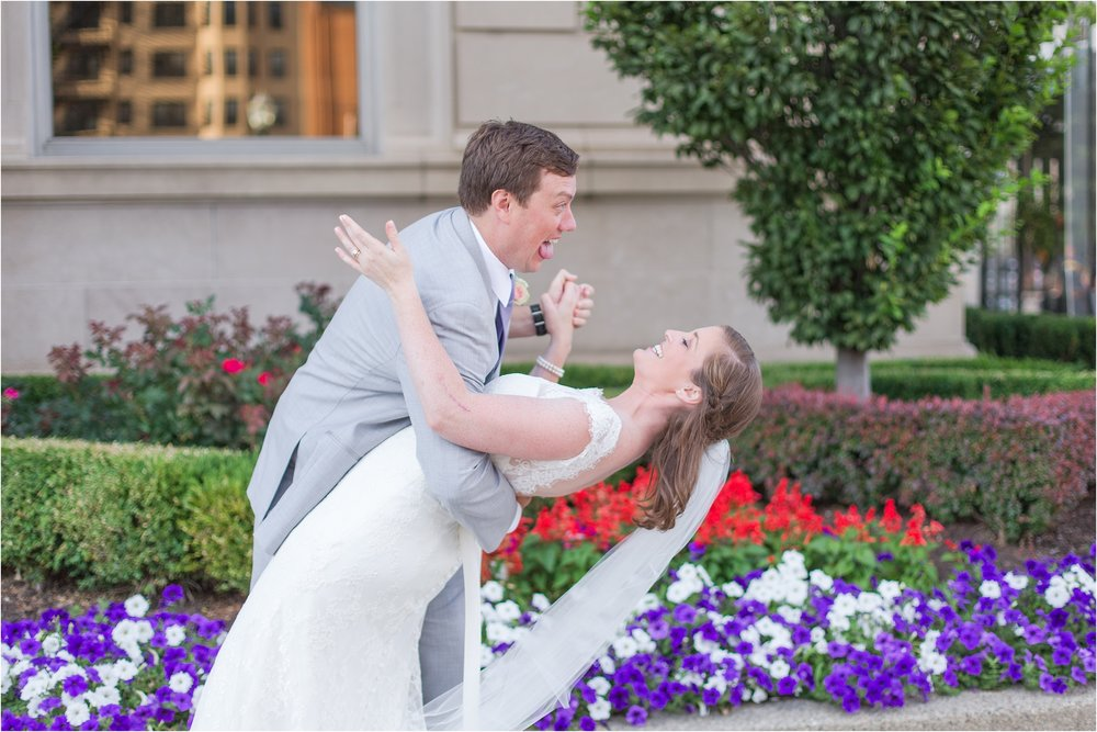 best-of-2016-wedding-photos-with-courtney-carolyn-photography-romantic-timeless-candid-wedding-photographer-in-detroit-mi_0052.jpg