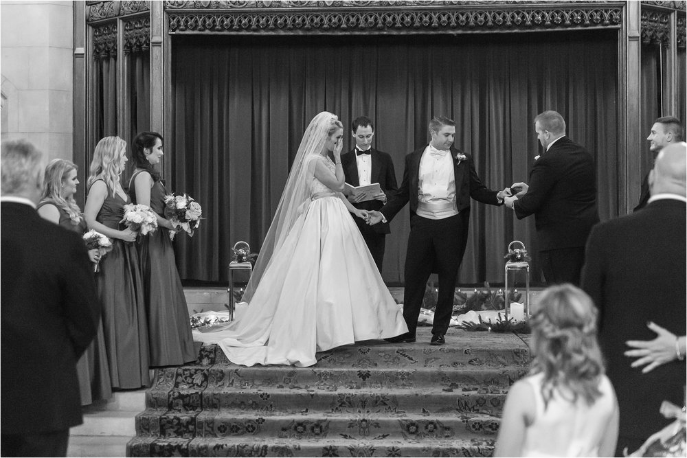 best-of-2016-wedding-photos-with-courtney-carolyn-photography-romantic-timeless-candid-wedding-photographer-in-detroit-mi_0066.jpg