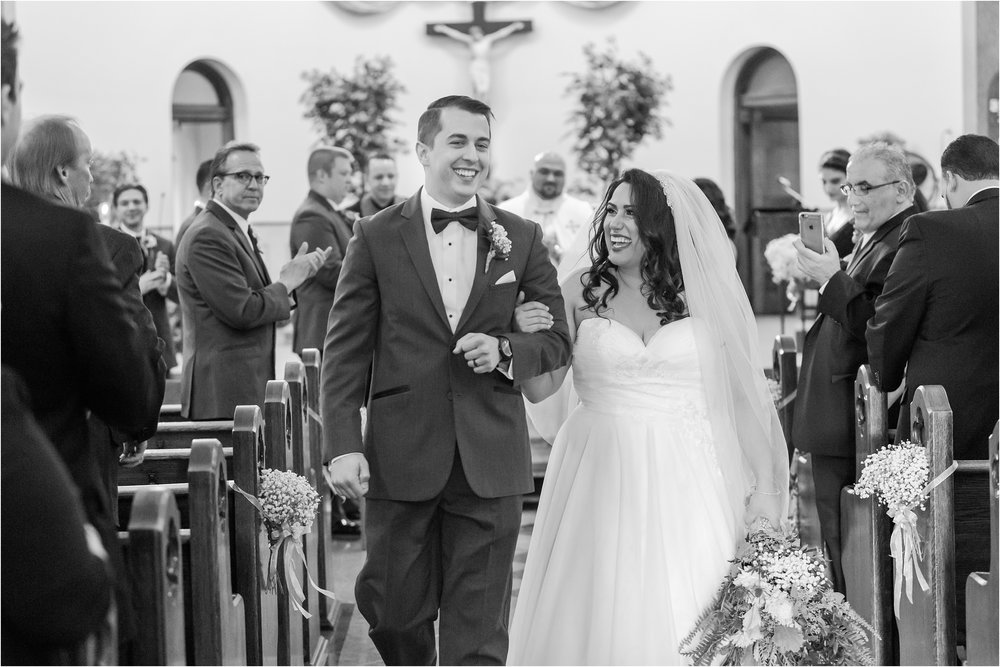 best-of-2016-wedding-photos-with-courtney-carolyn-photography-romantic-timeless-candid-wedding-photographer-in-detroit-mi_0085.jpg