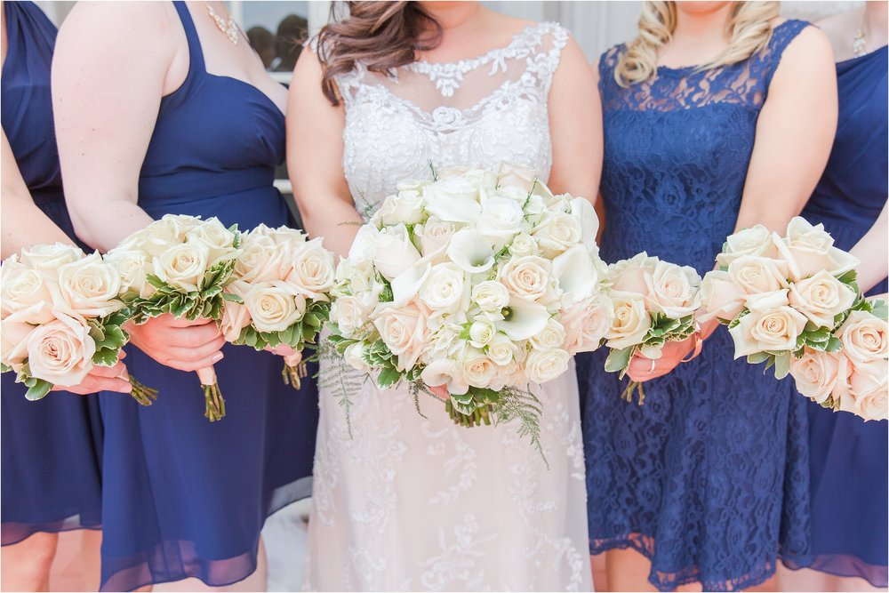 best-of-2016-wedding-photos-with-courtney-carolyn-photography-romantic-timeless-candid-wedding-photographer-in-detroit-mi_0044.jpg