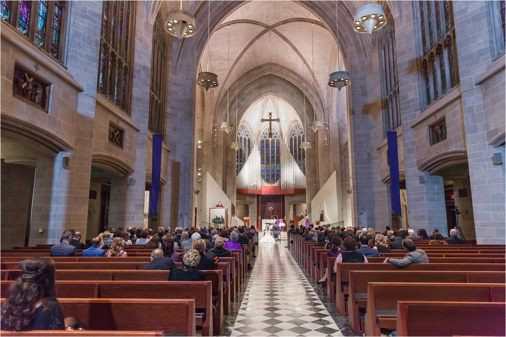 romantic-timeless-candid-wedding-photos-at-the-cathedral-of-the-most-blessed-sacrament-in-detroit-mi-by-courtney-carolyn-photography_0006.jpg