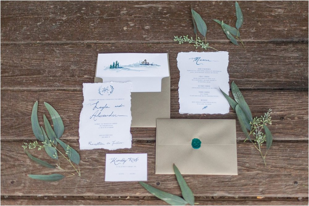 elegant-classic-timeless-candid-winter-wedding-photos-in-ann-arbor-mi-by-courtney-carolyn-photography_0002.jpg