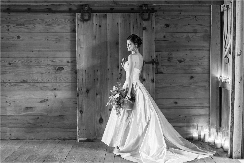 elegant-classic-timeless-candid-winter-wedding-photos-in-ann-arbor-mi-by-courtney-carolyn-photography_0003.jpg