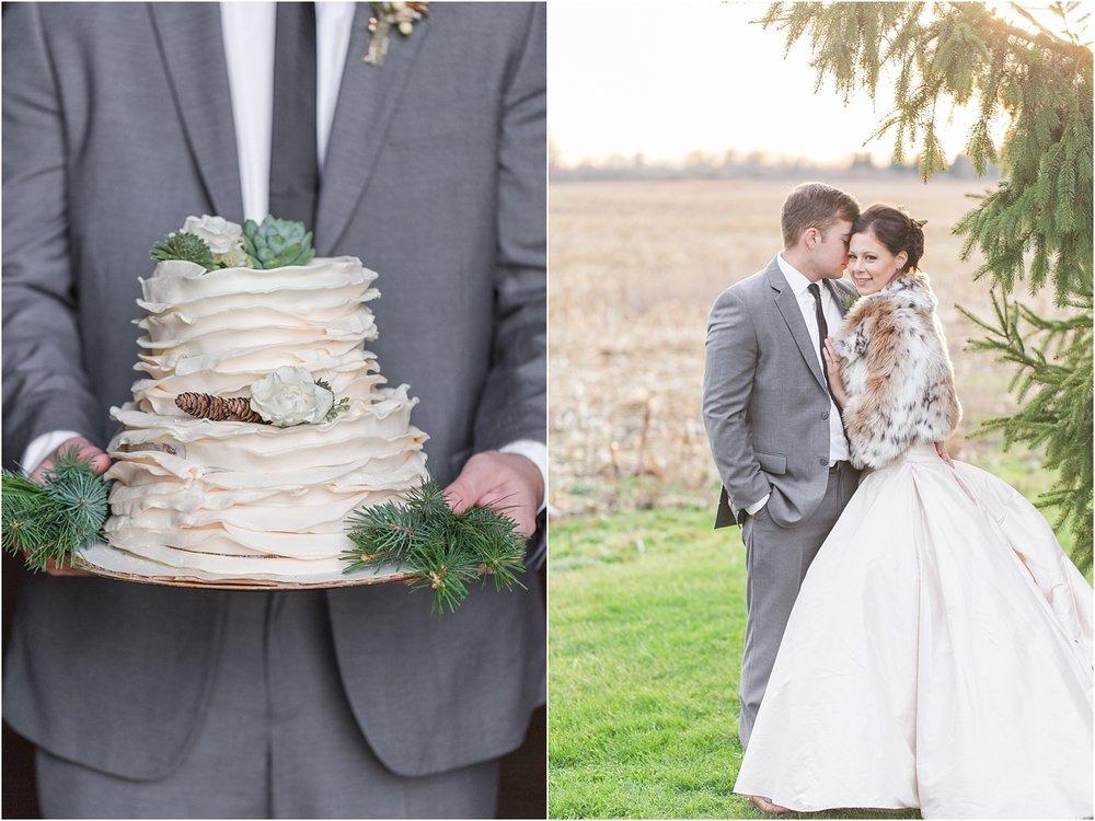 elegant-classic-timeless-candid-winter-wedding-photos-in-ann-arbor-mi-by-courtney-carolyn-photography_0004.jpg
