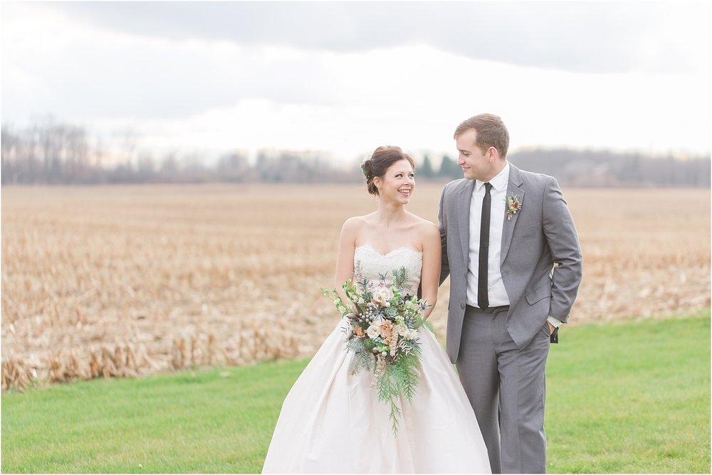elegant-classic-timeless-candid-winter-wedding-photos-in-ann-arbor-mi-by-courtney-carolyn-photography_0008.jpg