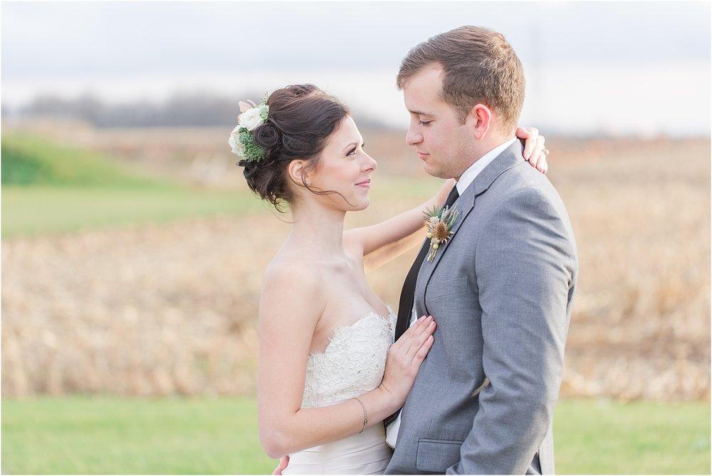 elegant-classic-timeless-candid-winter-wedding-photos-in-ann-arbor-mi-by-courtney-carolyn-photography_0013.jpg