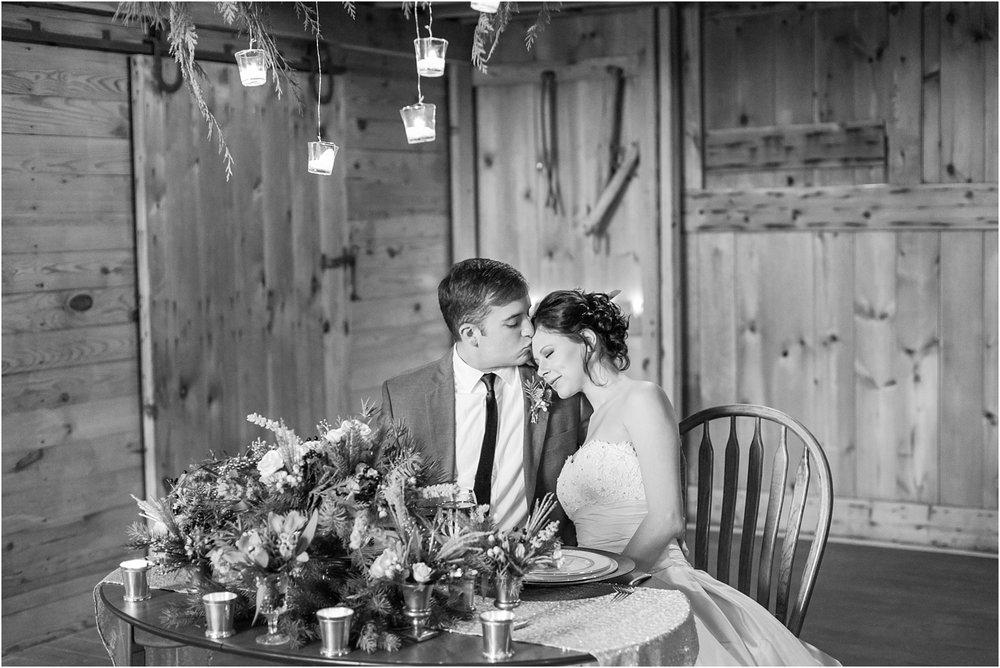 elegant-classic-timeless-candid-winter-wedding-photos-in-ann-arbor-mi-by-courtney-carolyn-photography_0018.jpg