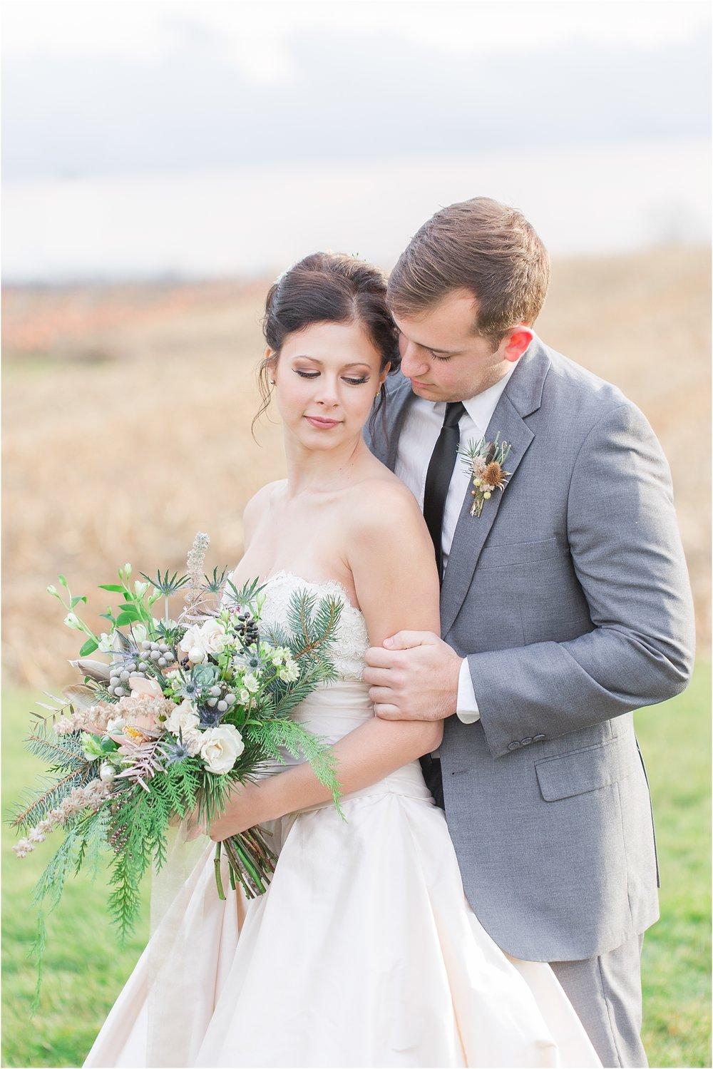 elegant-classic-timeless-candid-winter-wedding-photos-in-ann-arbor-mi-by-courtney-carolyn-photography_0017.jpg