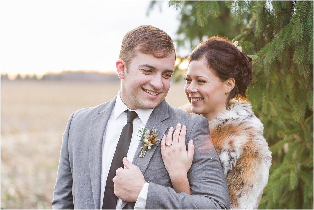 elegant-classic-timeless-candid-winter-wedding-photos-in-ann-arbor-mi-by-courtney-carolyn-photography_0027.jpg