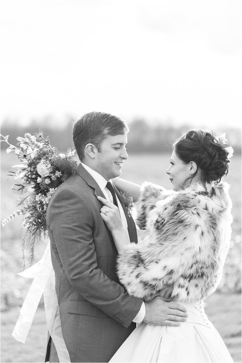 elegant-classic-timeless-candid-winter-wedding-photos-in-ann-arbor-mi-by-courtney-carolyn-photography_0032.jpg