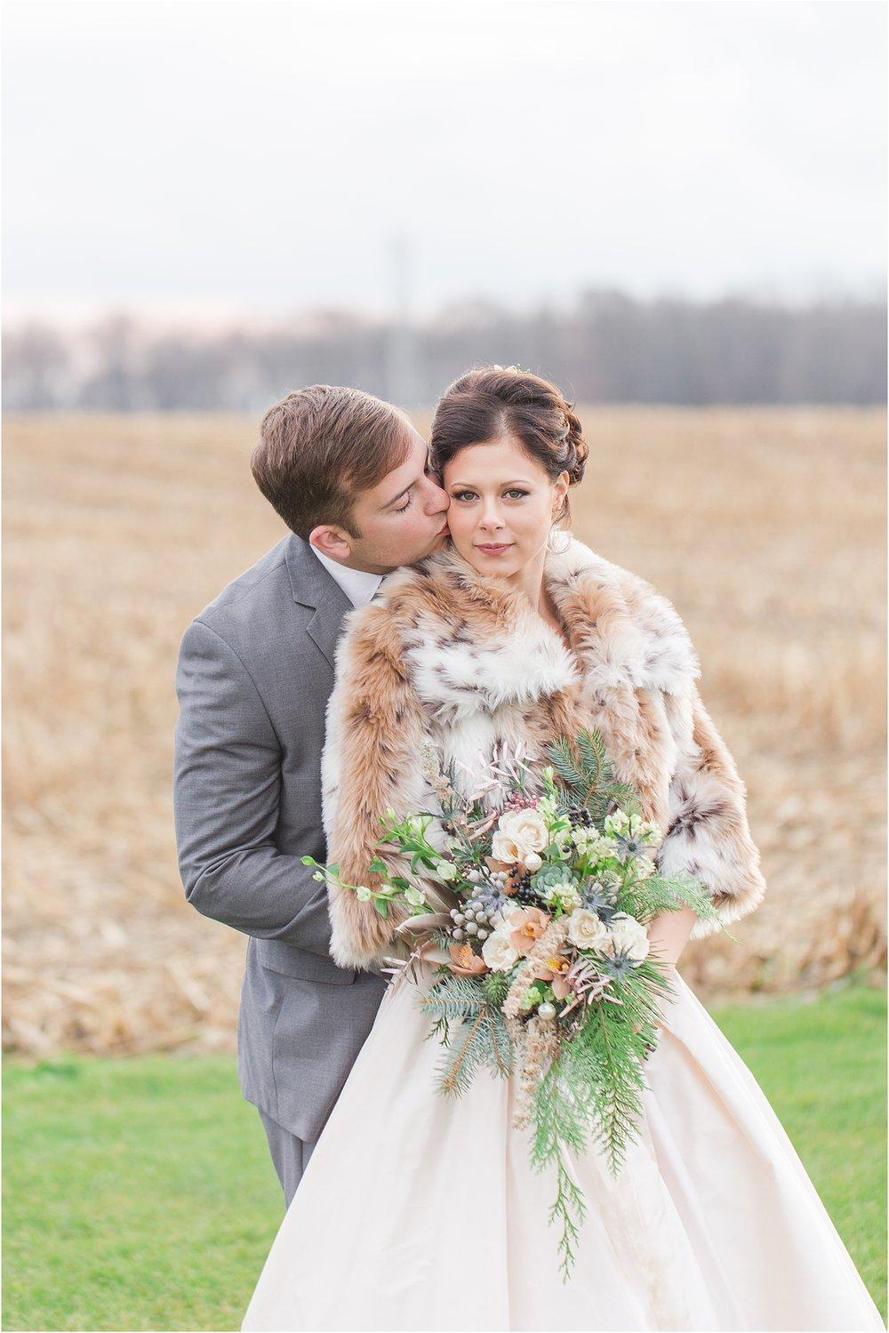 elegant-classic-timeless-candid-winter-wedding-photos-in-ann-arbor-mi-by-courtney-carolyn-photography_0044.jpg