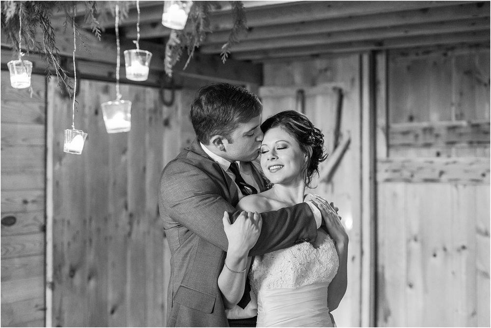 elegant-classic-timeless-candid-winter-wedding-photos-in-ann-arbor-mi-by-courtney-carolyn-photography_0047.jpg