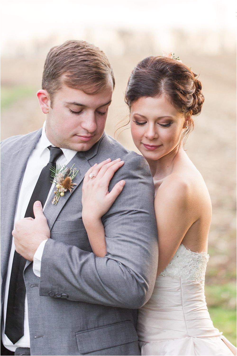 elegant-classic-timeless-candid-winter-wedding-photos-in-ann-arbor-mi-by-courtney-carolyn-photography_0046.jpg