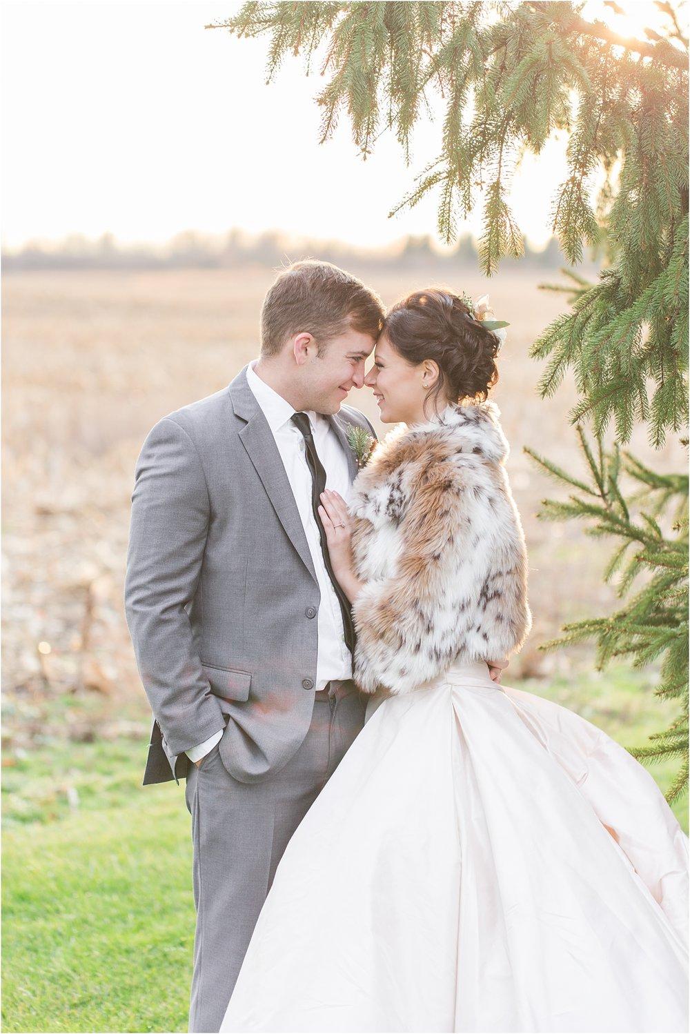 elegant-classic-timeless-candid-winter-wedding-photos-in-ann-arbor-mi-by-courtney-carolyn-photography_0048.jpg