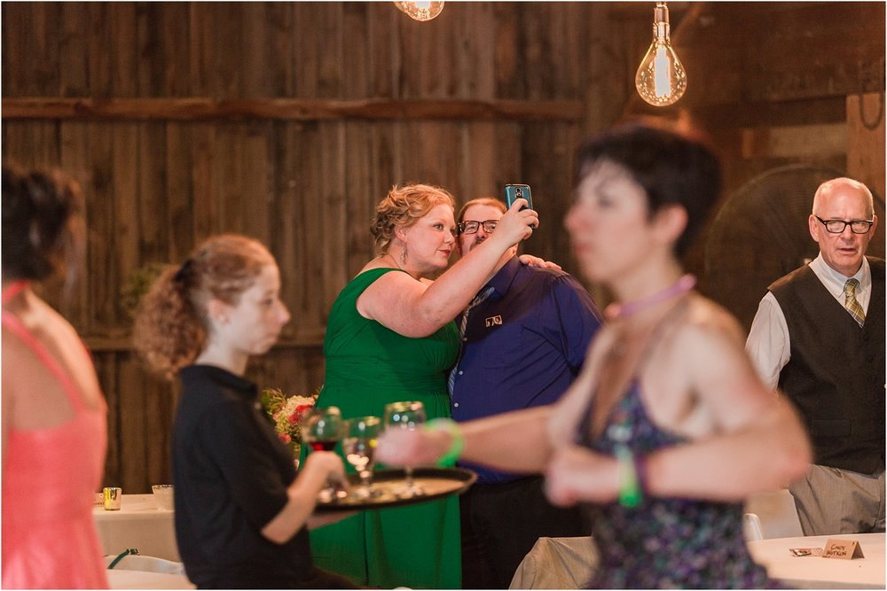 why-you-should-have-an-unplugged-wedding-by-courtney-carolyn-photography_0056.jpg