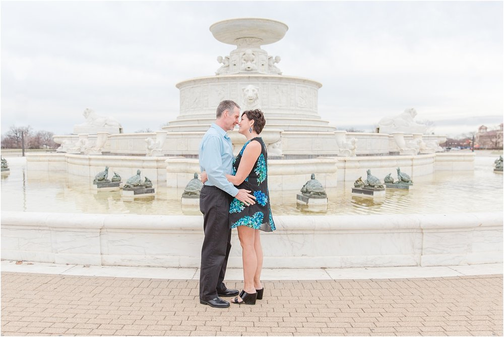 downtown-detroit-engagement-photos-on-belle-isle-by-courtney-carolyn-photography_0012.jpg