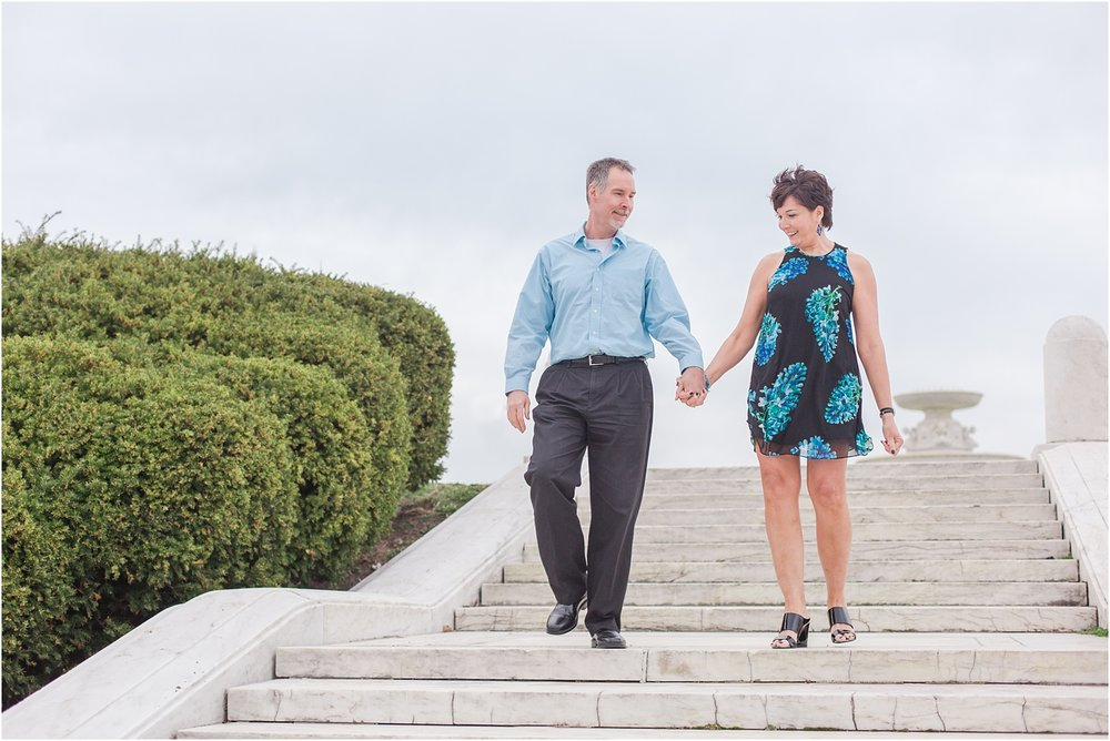 downtown-detroit-engagement-photos-on-belle-isle-by-courtney-carolyn-photography_0024.jpg