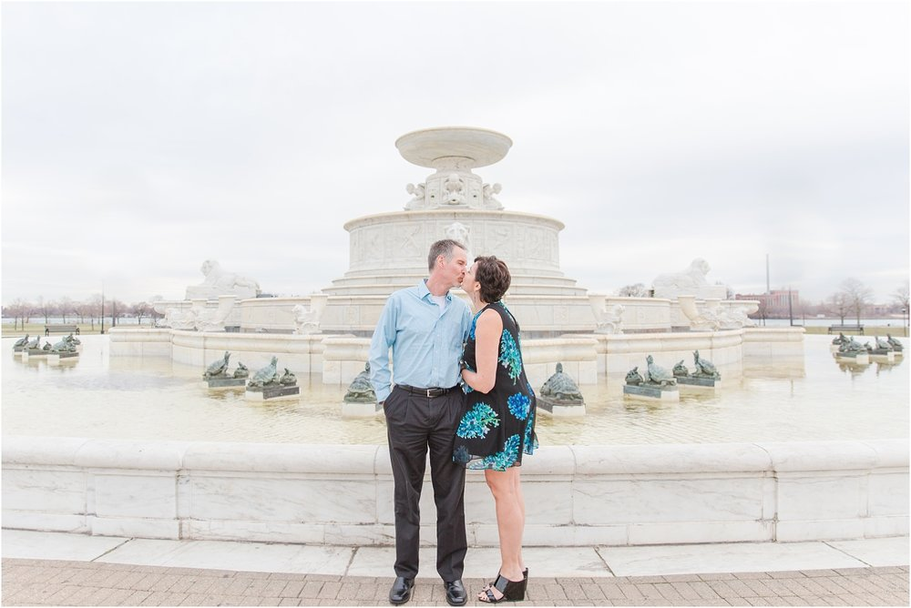 downtown-detroit-engagement-photos-on-belle-isle-by-courtney-carolyn-photography_0025.jpg