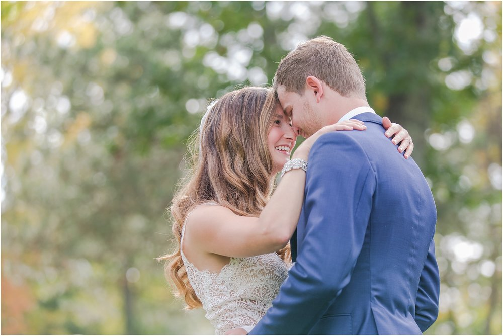 top-five-reasons-to-have-a-first-look-on-your-wedding-day-photos-by-courtney-carolyn-photography_0025.jpg