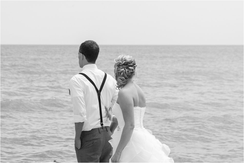 top-five-reasons-to-have-a-first-look-on-your-wedding-day-photos-by-courtney-carolyn-photography_0028.jpg