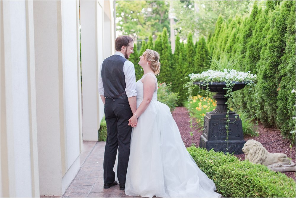 lord-of-the-rings-inspired-wedding-photos-at-crystal-gardens-in-howell-mi-by-courtney-carolyn-photography_0108.jpg