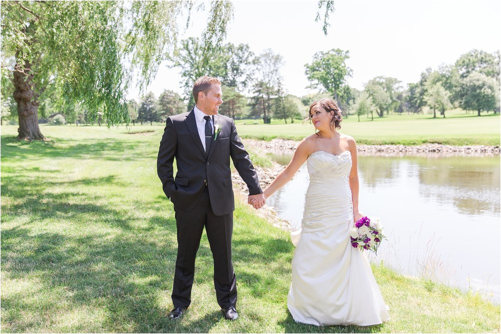 classic-wedding-photos-at-great-oaks-country-club-in-rochester-hills-mi-by-courtney-carolyn-photography_0043.jpg