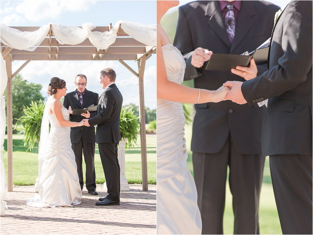 classic-wedding-photos-at-great-oaks-country-club-in-rochester-hills-mi-by-courtney-carolyn-photography_0077.jpg