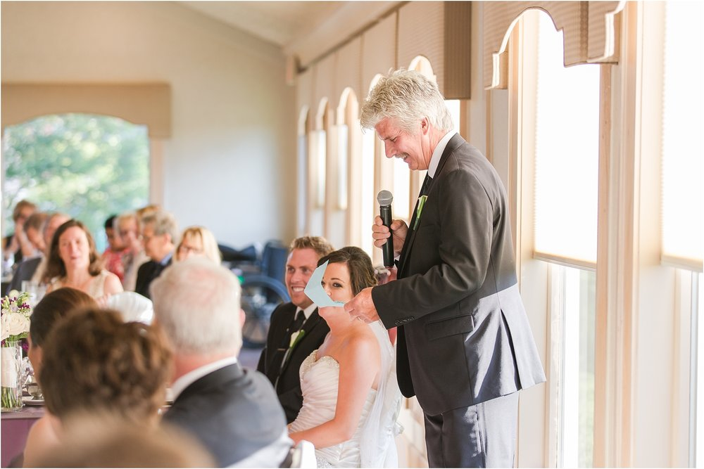 classic-wedding-photos-at-great-oaks-country-club-in-rochester-hills-mi-by-courtney-carolyn-photography_0094.jpg